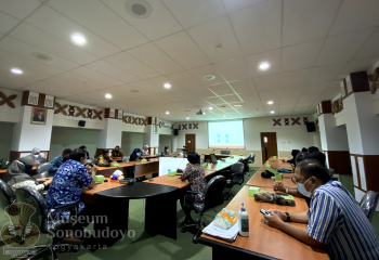 DPRD East Java and Government Tourism of Eas Java Visiting Sonobudoyo